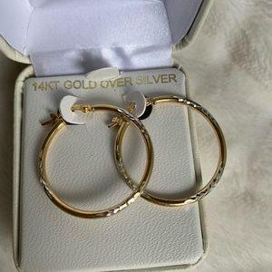 💫Brand New💫 Beautiful 14KT Gold Hoop Earrings